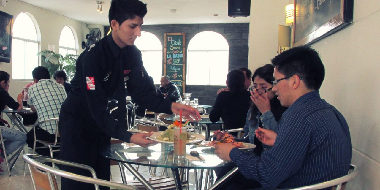 Tipping in Peru: How Much to Tip Guides, Waiters, Taxi Drivers and More