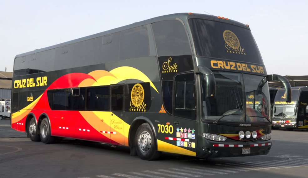 Bus companies in Peru: Cruz del Sur