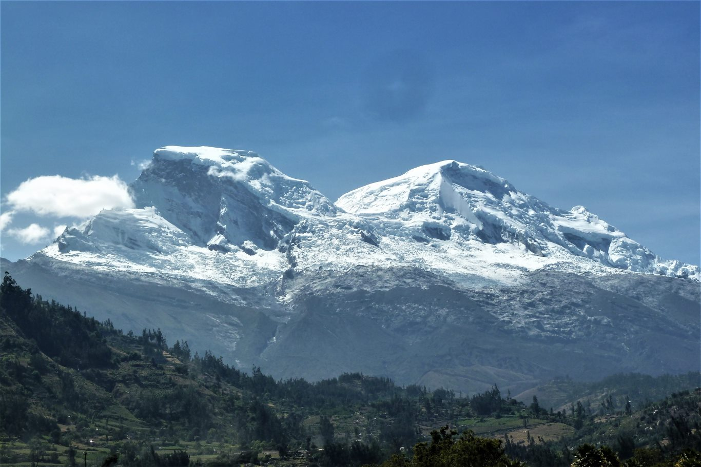 Highest mountains in Peru: Huascarán