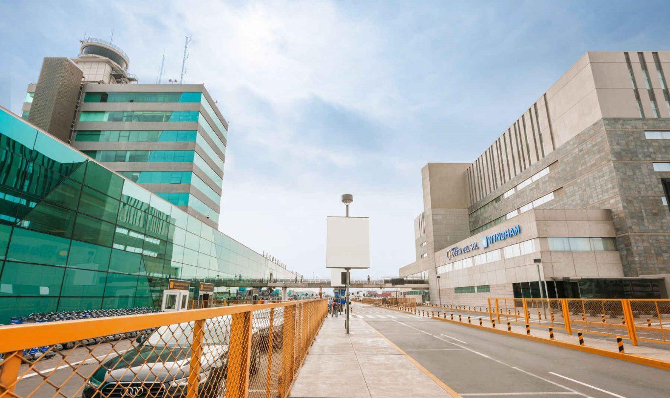 Hotels near Lima Airport: Wyndham Costa del Sol