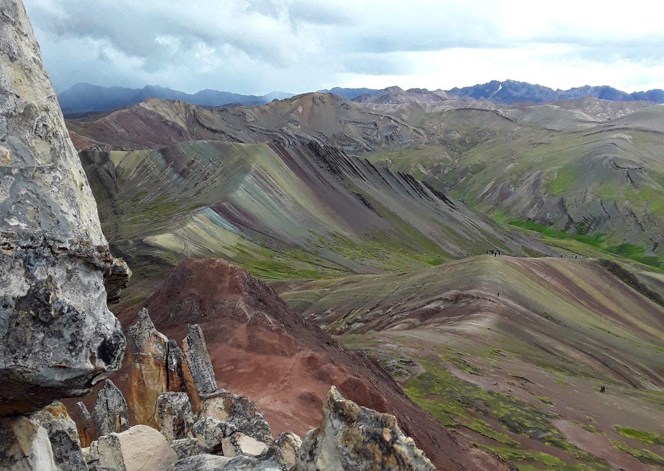 Palccoyo, the alternative Rainbow Mountain